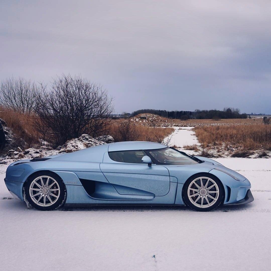 Koenigsegg Regera supercar 02