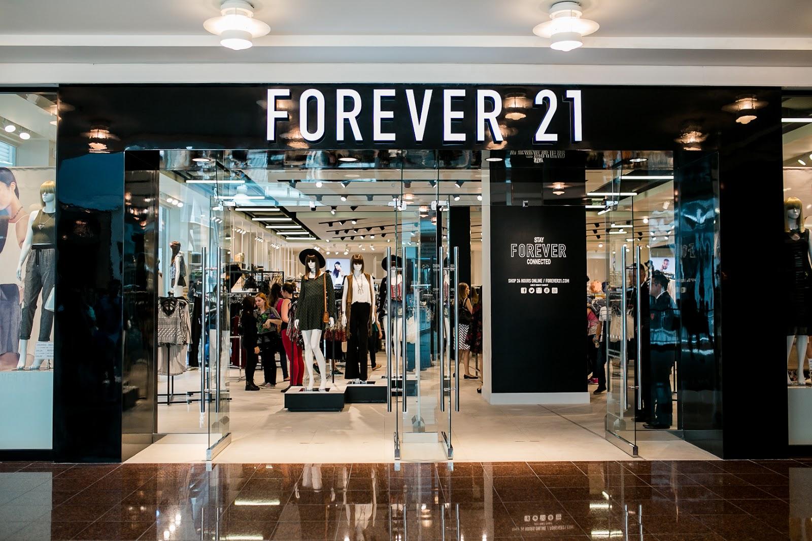 2cdc8c208 Forever 21 inaugura sua primeira loja na Zona Norte do Rio de ...