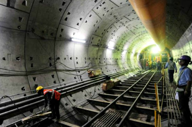 India's First Ever Underwater Metro Train Tunnel beneath River Houghly