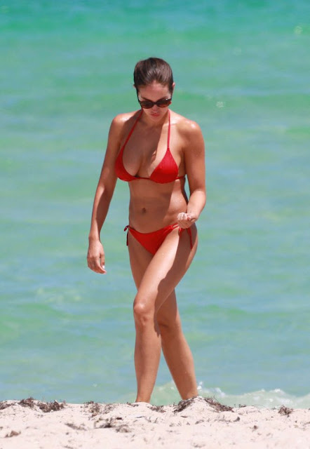 Jaclyn Swedberg – Red Bikini Candids in Miami