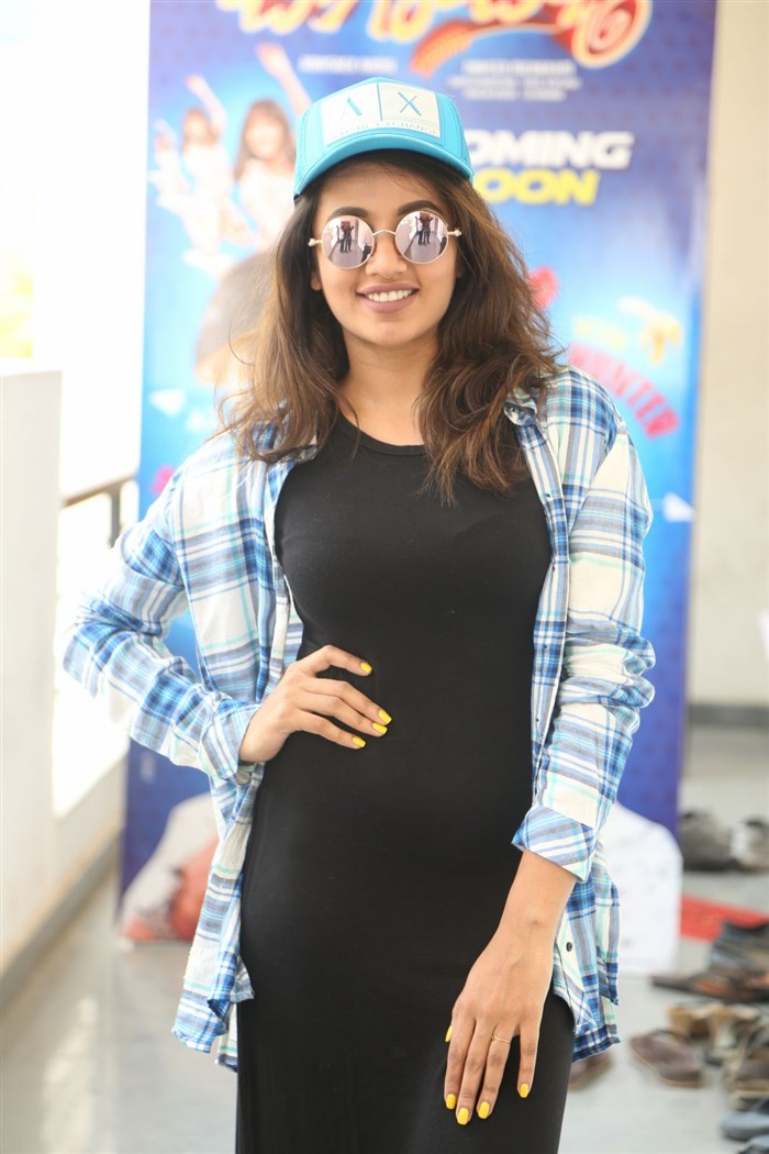 Tejaswi Madivada Interview Stills for Babu Baga Busy Movie