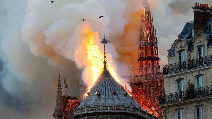 Kepolisian Berhasil Ungkap Penyebab Kebakaran Notre Dame