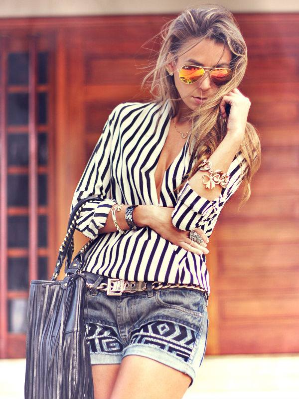 ROMWE White And Black Fluid Striped Shirt3