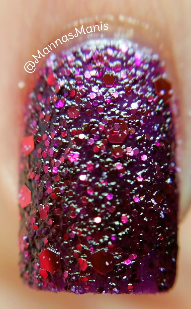 zoya noir, a purple textured nail polish