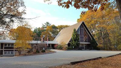 St. John's Episcopal Church (237 Pleasant Street, Franklin)