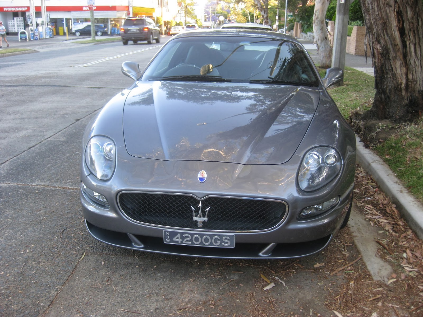 Aussie Old Parked Cars: 2004 Maserati GranSport Coupe