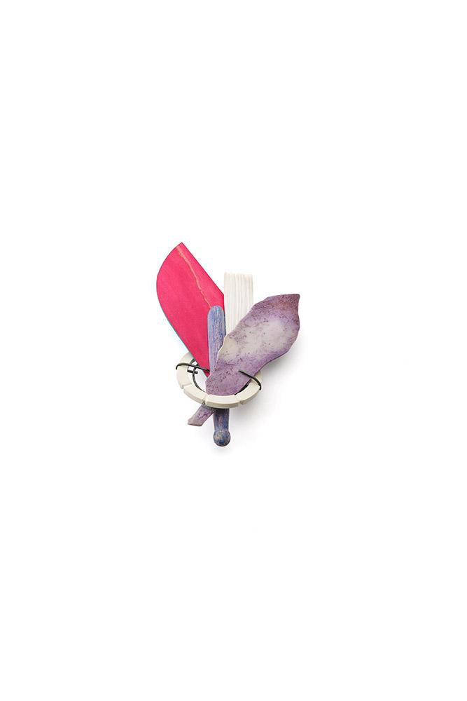 brooch bouquet magenta stone skate jade lila  jewellery Eva Burton