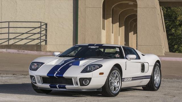 Ford GT 2005 American supercar