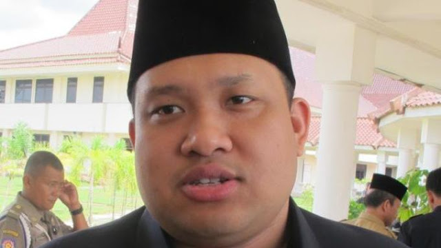 Ingin Bisa Laksanakan Ibadah Haji Bersama Sang Istri, Bupati Ini Nekat Gunakan Uang Hasil Korupsi