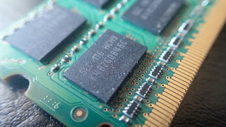 DRAM transistor