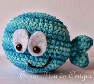 http://esunmundoamigurumi.blogspot.com.es/2014/02/patron-del-pequeno-pez.html
