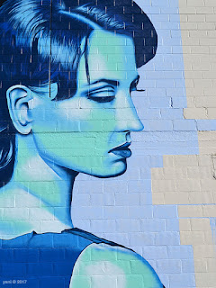 wonderwalls 2017 - blue woman, zedr_one