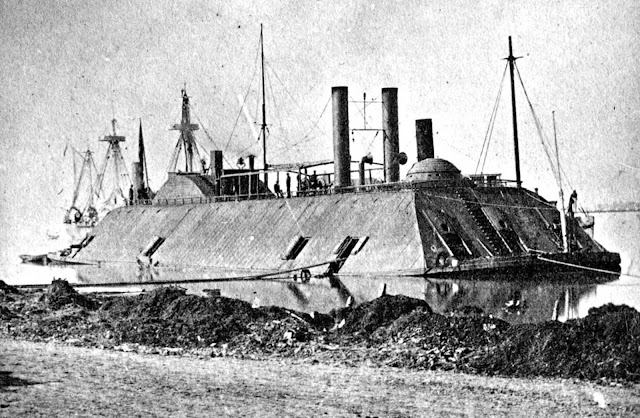 A March, 1863 photo of the USS Essex. The 1000-ton ironclad river gunboat, originally a steam-powered ferry, was acquired during the American Civil War by the US Army in 1861 for the Western Gunboat Flotilla. She was transferred to the US Navy in 1862 and participated in several operations on the Mississippi River, including the capture of Baton Rouge and Port Hudson in 1863.