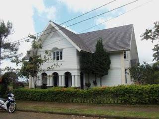 Villa Rasyid Blok D2 No 1 Istana Bunga 4 Kamar