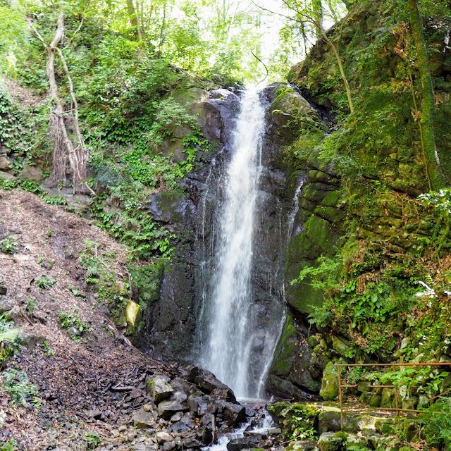 湯河原温泉 不動の滝