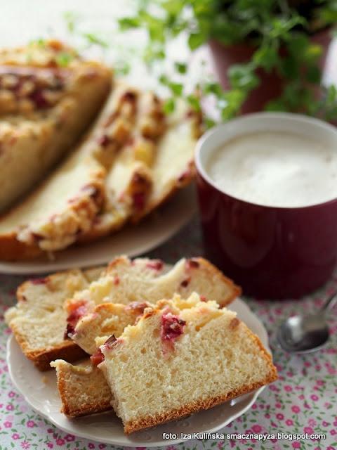 placek drożdżowy z rabarbarem i gruszką , ciasto drożdżowe , z kruszonką , moje wypieki , ciasto na niedzielę , domowe wypieki , na drożdżach , ciacho , rabarbar , kuchnia polska , najlepsze drożdżowe