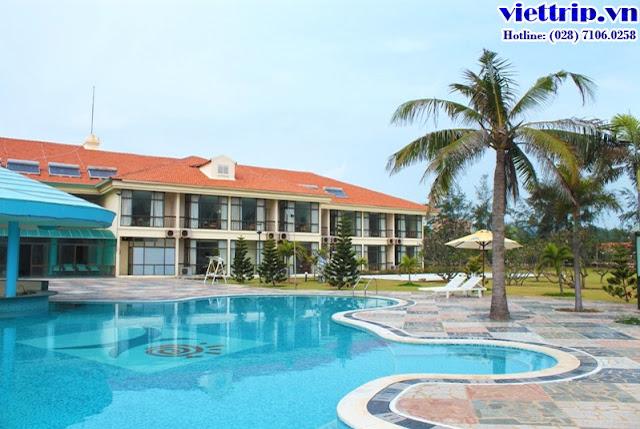 """Hồ bơi đầy """"sức hút"""" tại Paradise resort Vũng Tàu"""