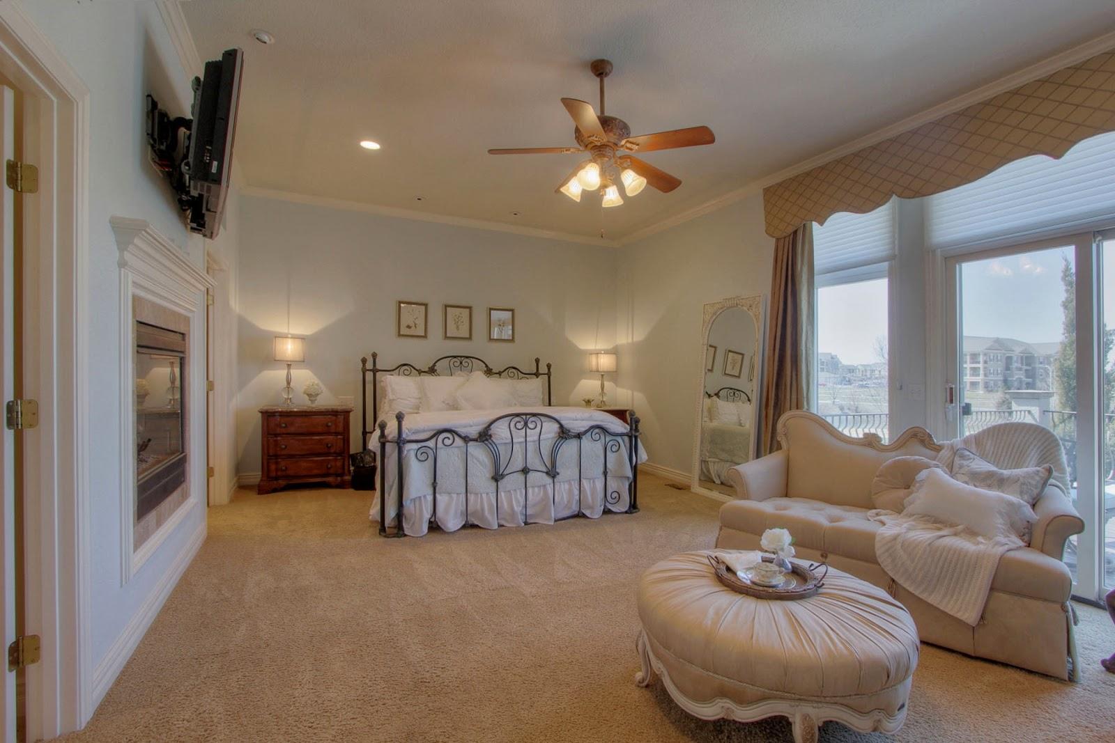 beaux r'eves hardwood floors in the master bedroomstep