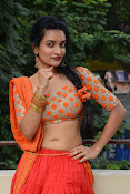 Janani Reddy latest sizzling photos-thumbnail-15