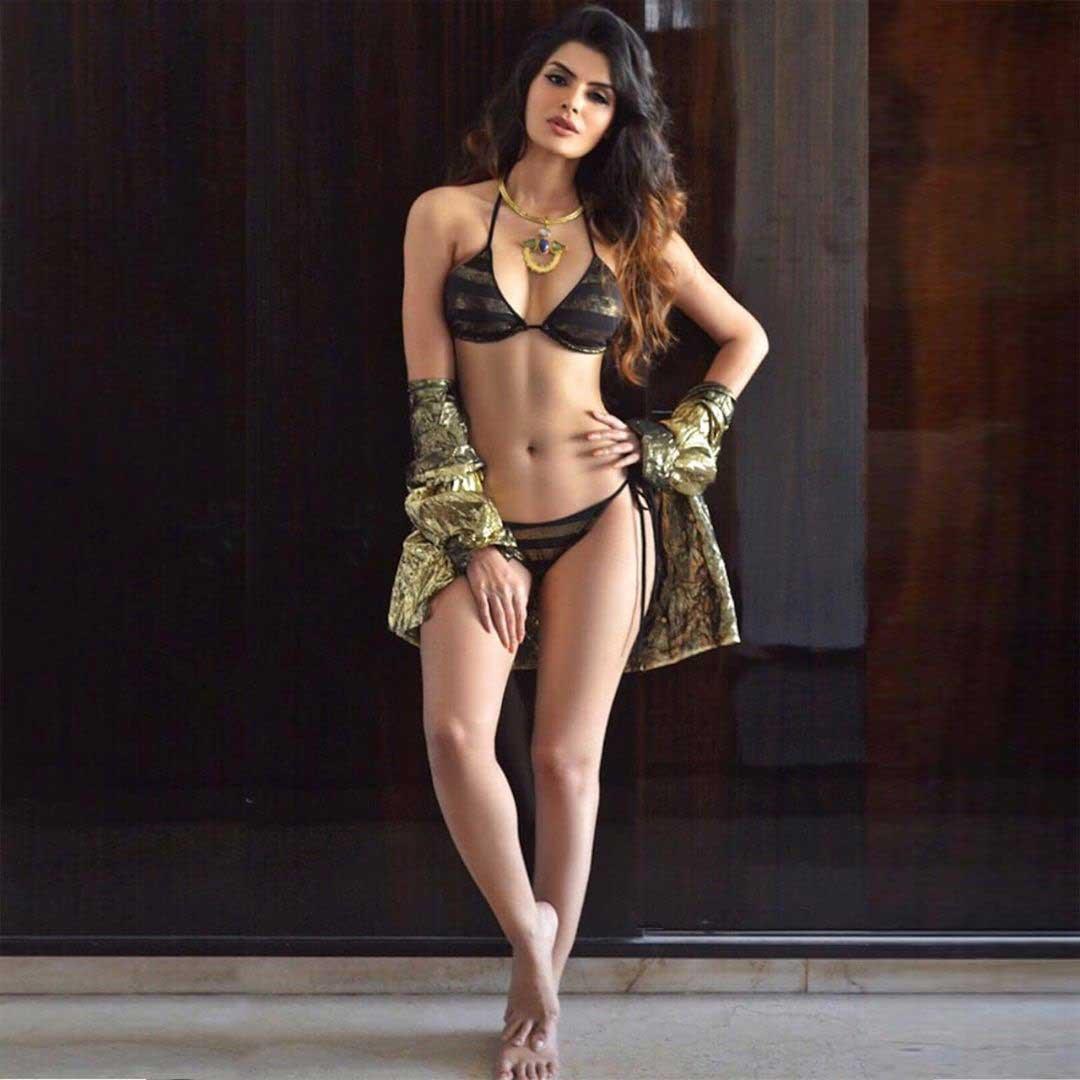 hot girl sonali raut killer hot and nude pics