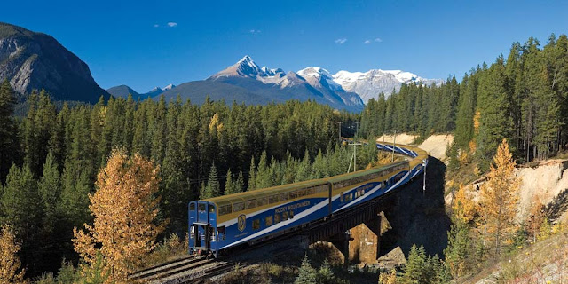 Rocky Mountaineer no Canada