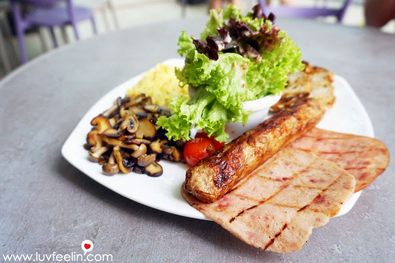 CAFFEiNATED Puchong Big Breakfast