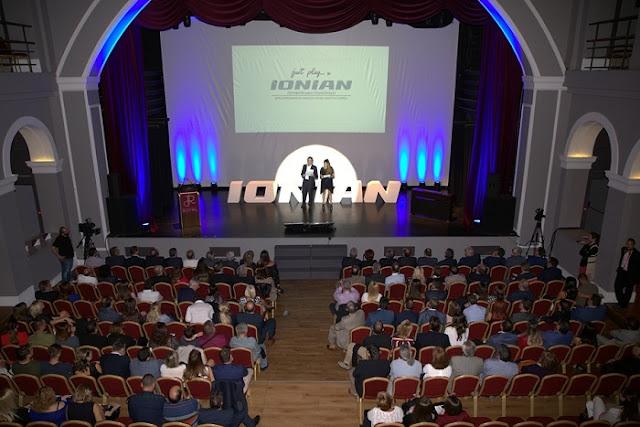 Εκατοντάδες προσκεκλημένοι στην παρουσίαση του προγράμματος του ΙΟΝΙΑΝ TV