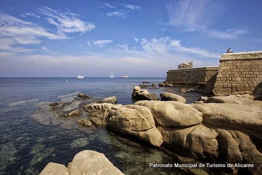 Murallas de Tabarca desde el Mar (Tabarca, Alicante)