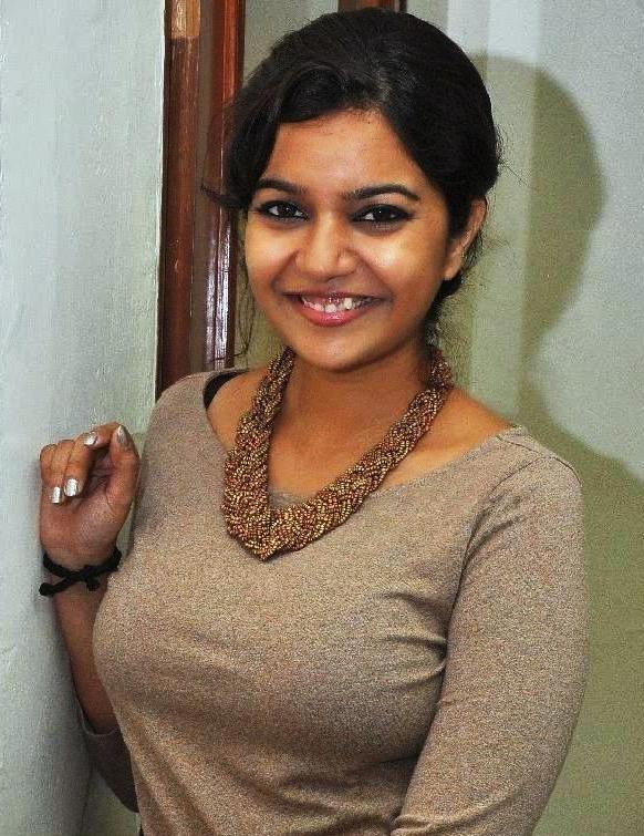 Swathi-reddy-actress-wallpapers4