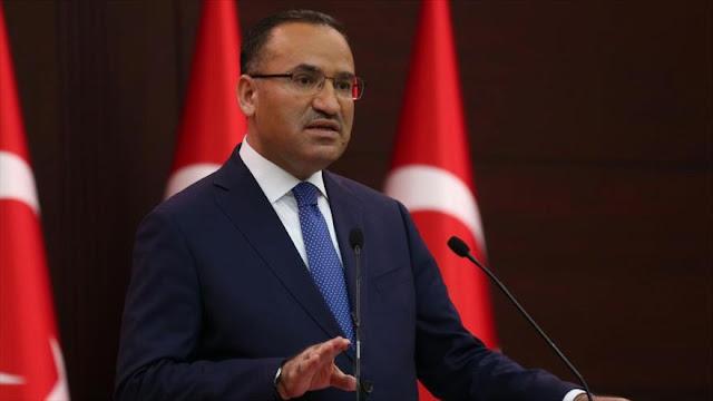 Turquía amenaza a Francia por envío de soldados al norte de Siria