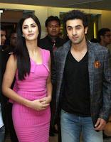 Katrina Kaif dengan Ranbir Kapoor