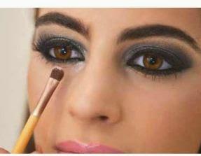 maquillaje-ahumado-elegante-noche-diy