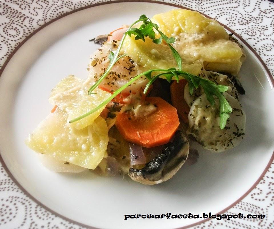 warzywna zapiekanka z grzybami na parze