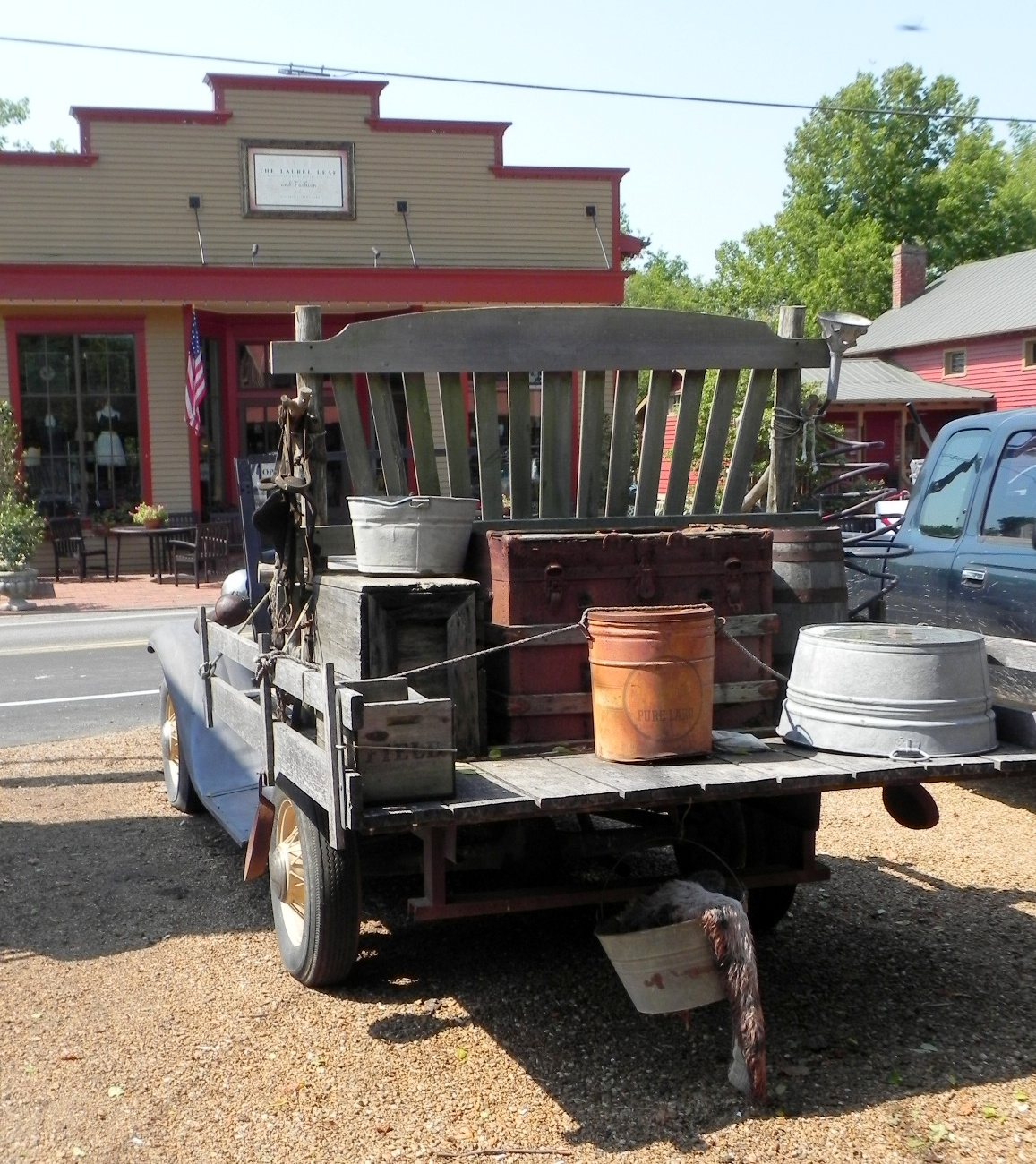 Gone Walkabout 2: A Day Trip For Shopping In Leiper's Fork, TN