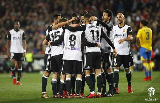 Đội tuyển Barca và Valencia