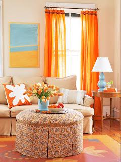 sala naranja con turquesa