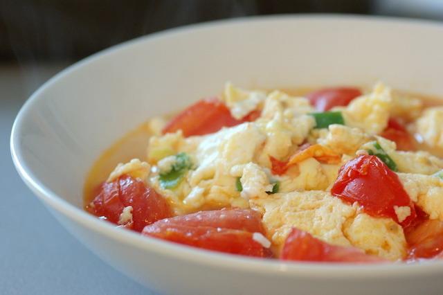這一口家人炒的番茄炒蛋是萬能解藥|記憶中的酸甜苦辣