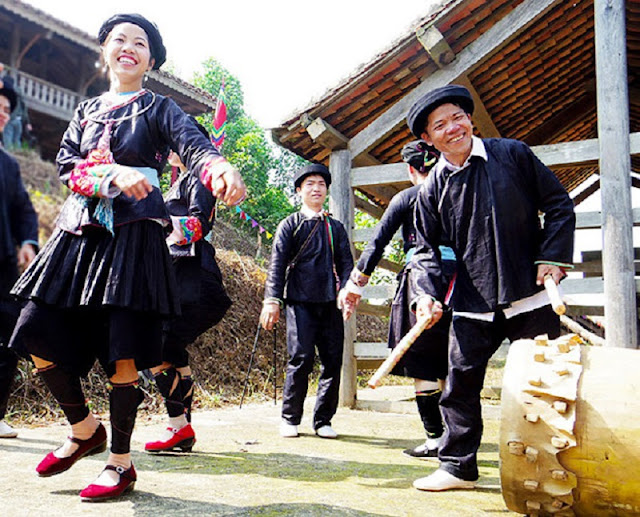 Giay ethnic people's New Year Festival in Ha Giang 3