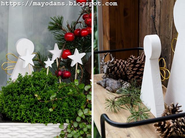Weihnachtsdeko auf der Terrasse