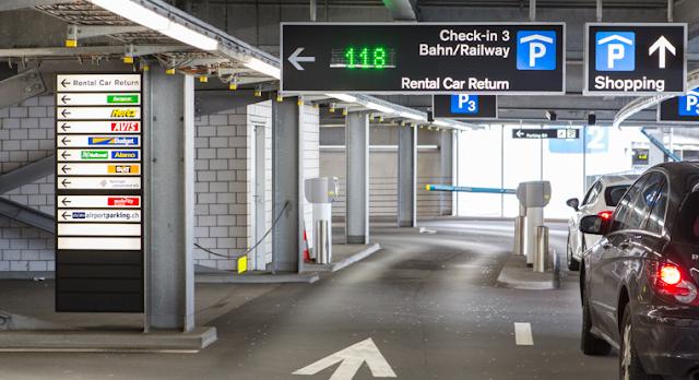 Locadoras de carro no Aeroporto de Zurique na Suiça