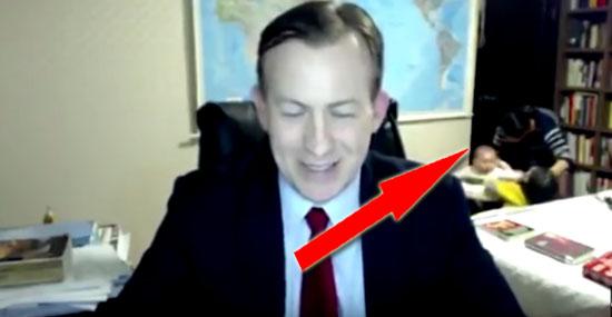 Entrevista interrompida com invasão de filhos viralizou na internet - Img 2