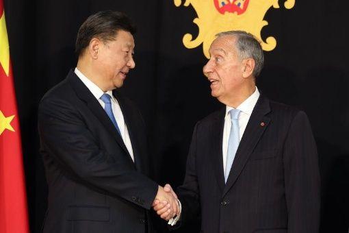 Xi Jinping llega a Portugal para afianzar relación bilateral