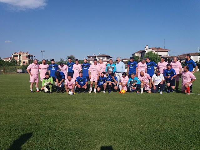 Φιλανρθωπικός αγώνας ποδοσφαίρου στα Τρίκαλα. (φώτο)