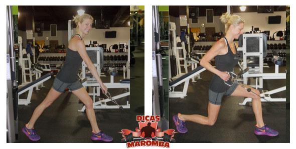 treino de pernas para mulheres - avanço no cabo