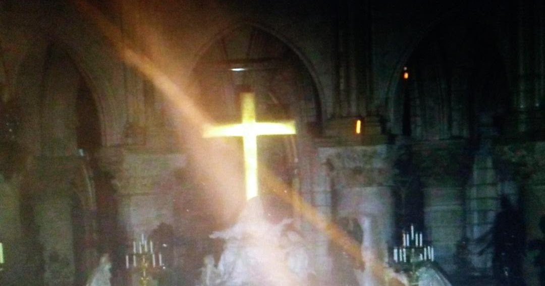 Photos show center of Notre Dame cathedral miraculously intact