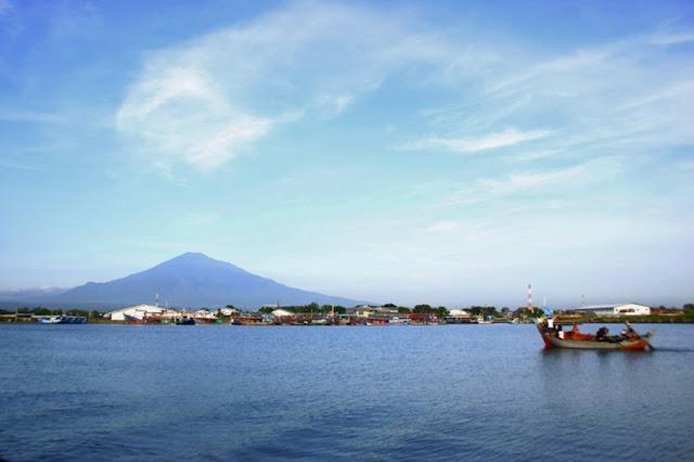 Pantai Kejawan Cirebon