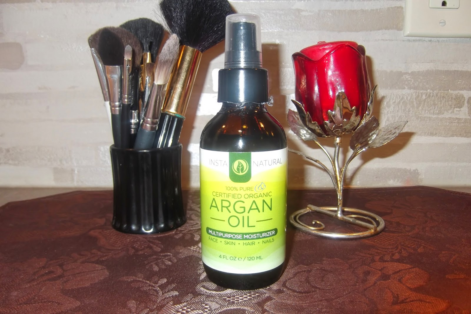 InstaNatural 100% Certified Organic Argan Oil-A Little Bit of Something
