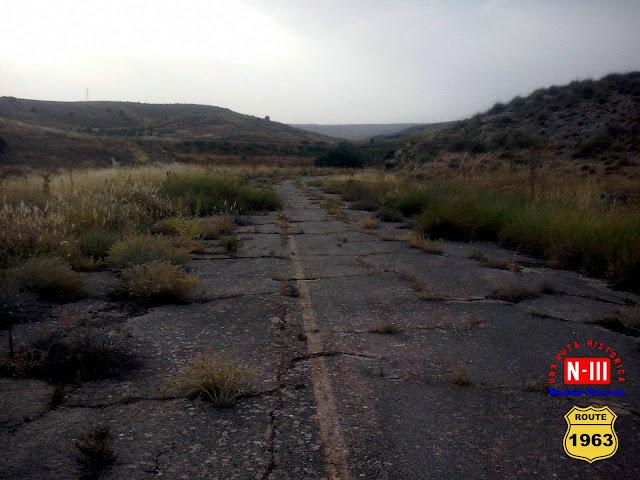 http://nacional3rutahistorica.blogspot.com.es/2016/08/el-tramo-abandonado-de-la-cuesta-de-la.html