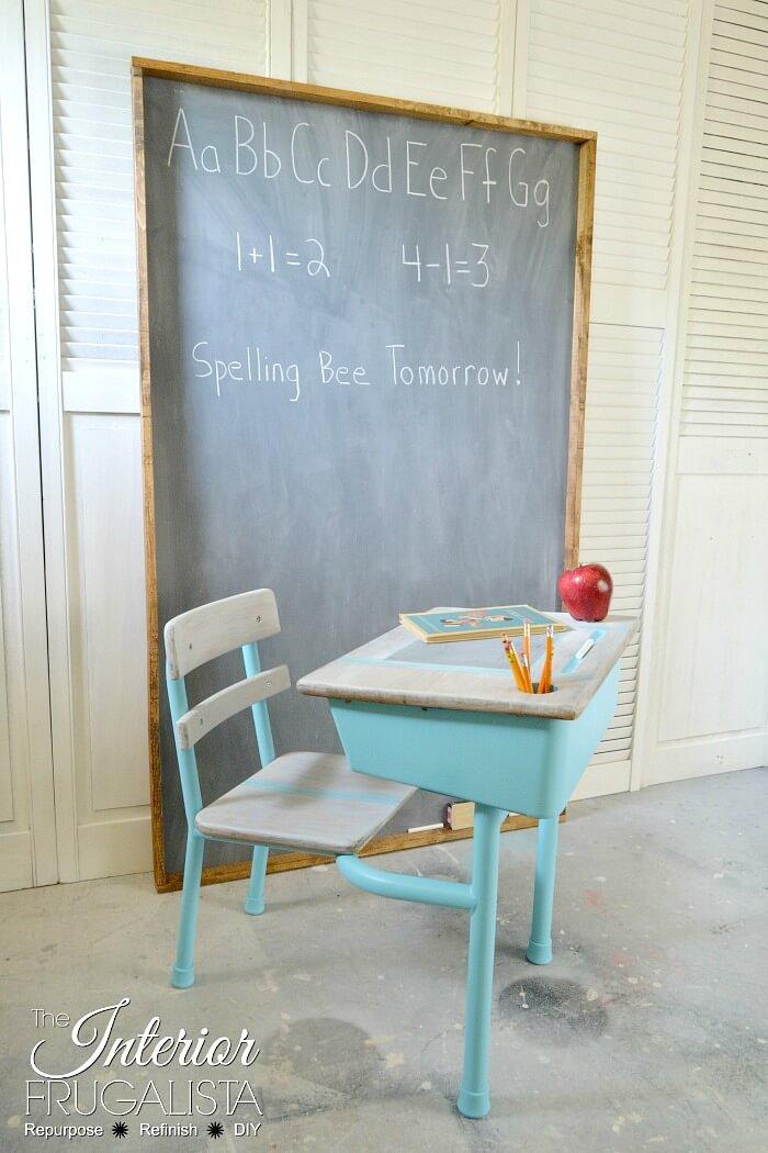 9 Creative Desk Makeovers - Vintage Aqua Metal Classroom Desk