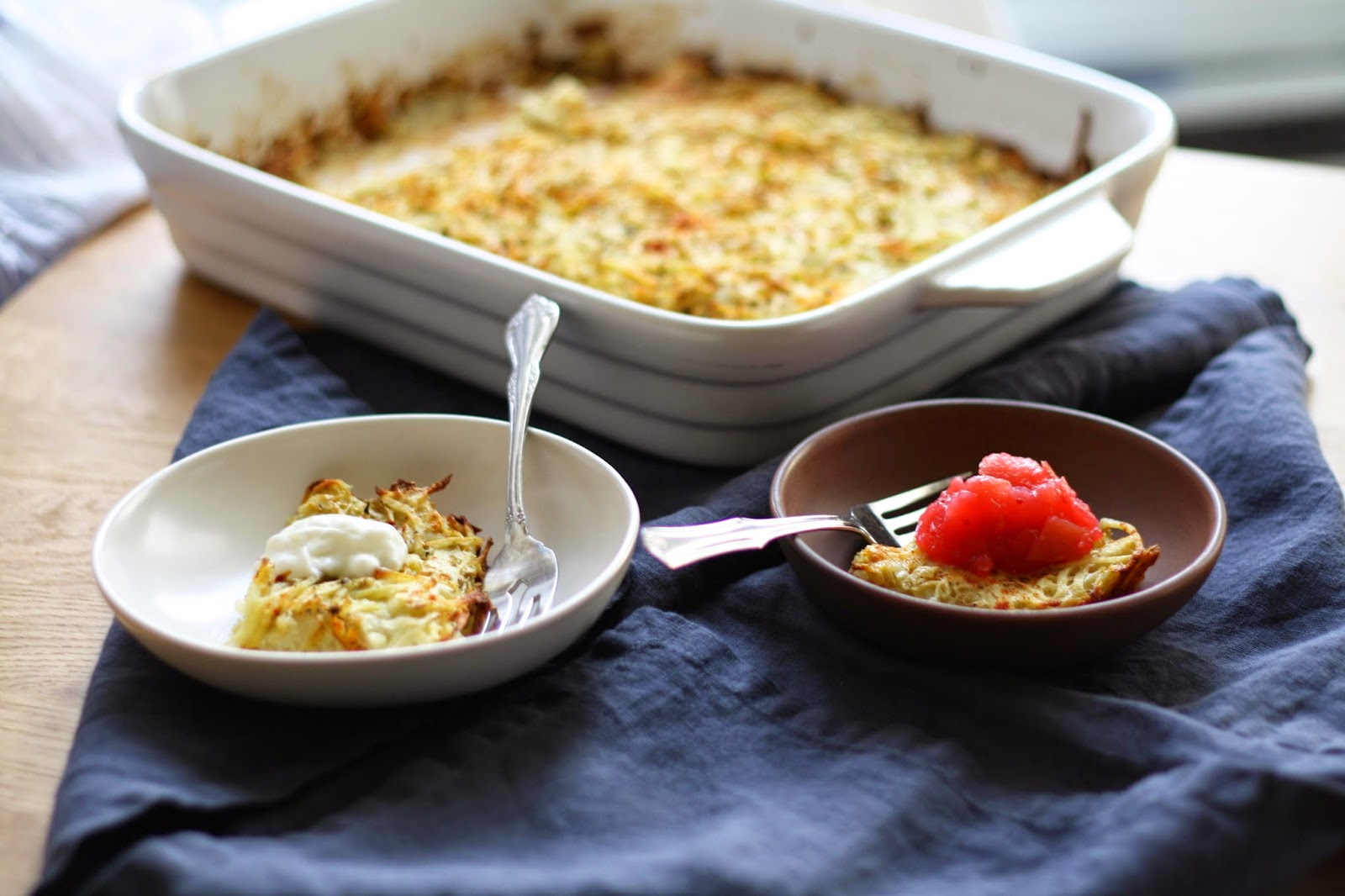 potato latke casserole (potato kugel) with cranberry applesauce // sevengrams